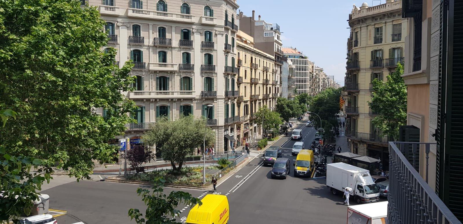Uitzicht vanuit ons appartement in Barcelona