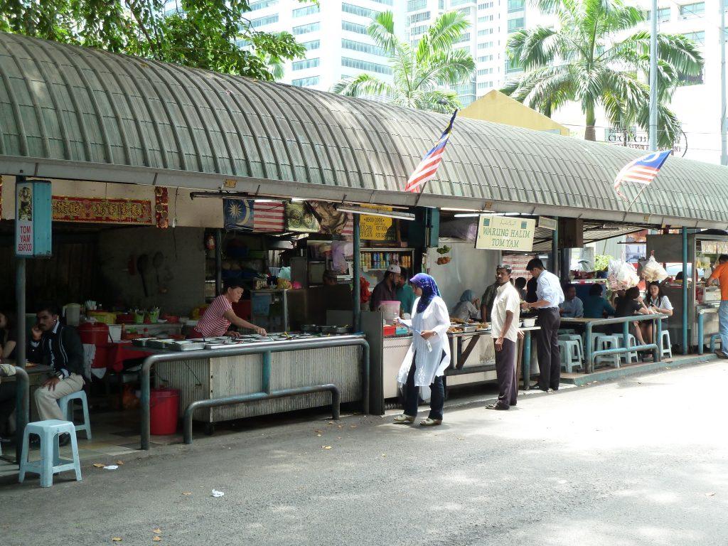 Kuala Lumpur in Maleisië met echte Aziatische eettentjes